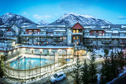 luxury lodges at canmore pet friendly vacation rental in banff canada dog friendly